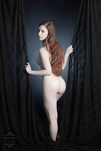 caelia_costumery