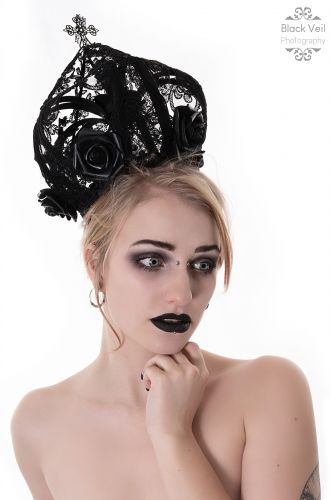 Kittycatlv - black veil couture